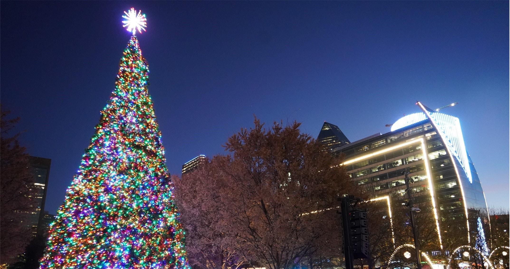 City Of Warren Christmas Tree Lighting 2021 Klyde Warren Park Dallas Texas